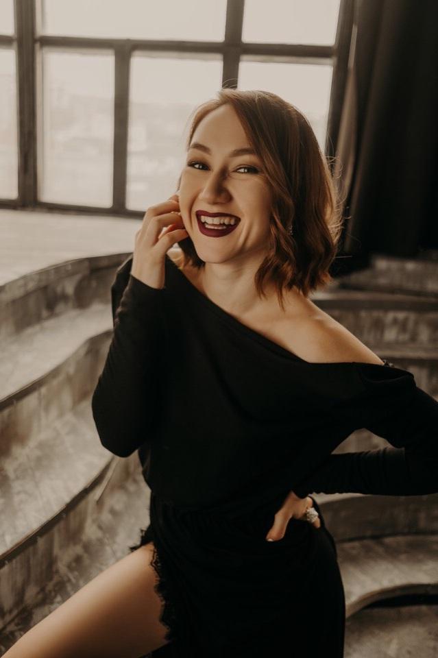 Анапчанка гр. Надежда Лебедева попала в эфир телеканала МУЗ-ТВ — Знайте наших! + (видео)